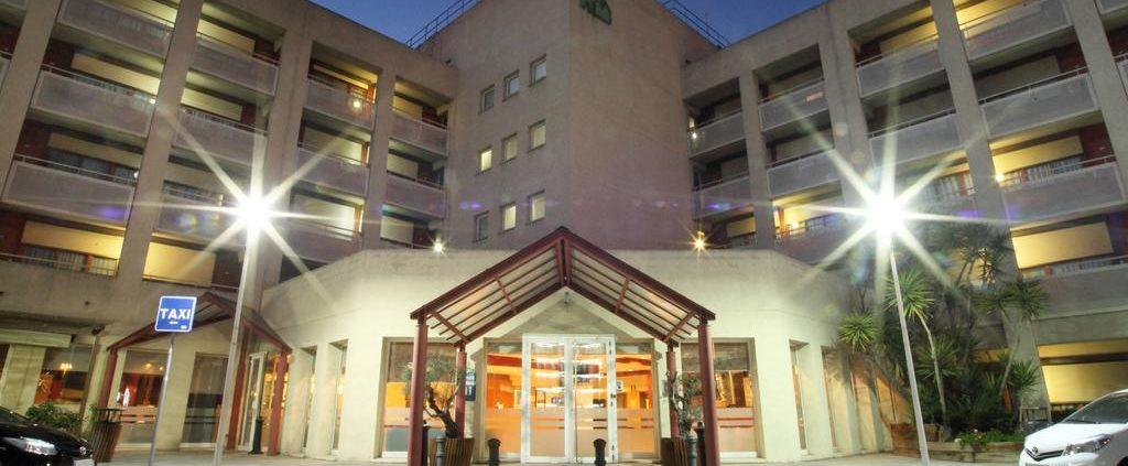 hotel campanile experiencia cliente emociones faciales